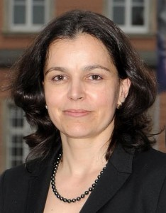 Dr. Inga Stoll