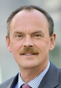 Hans-Peter Kleitsch, Personalleiter MTU